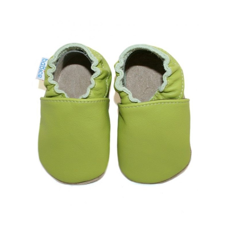 Kožené capačky - svetlo zelené
